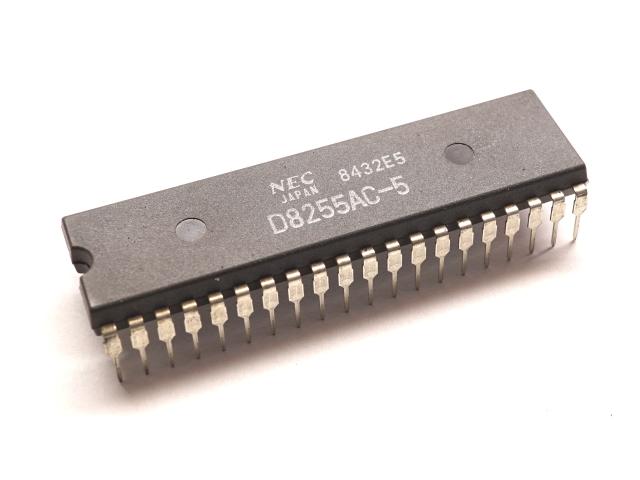 New 1PCS STC11F04E-35I-P DIP20 DIP-20